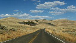 Lamar-Valley-Yellowstone-NP
