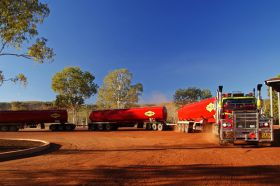 roadtrain-victoria-river-roadhouse